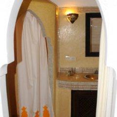 Отель Riad Dar Bennani 2* Стандартный номер с различными типами кроватей фото 21