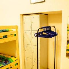 Мини-Отель Компас Кровать в общем номере с двухъярусной кроватью фото 34