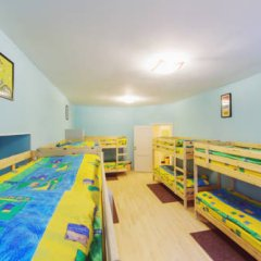 Мини-Отель Компас Кровать в общем номере с двухъярусной кроватью фото 2