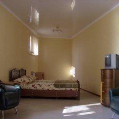 Гостиница Mirnaya Guest House Стандартный семейный номер с двуспальной кроватью фото 3