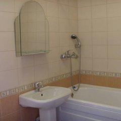 Гостиница Mirnaya Guest House Стандартный семейный номер с двуспальной кроватью фото 2