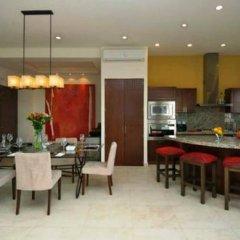 Отель V399 Penthouse by VallartaStays Люкс с различными типами кроватей фото 9