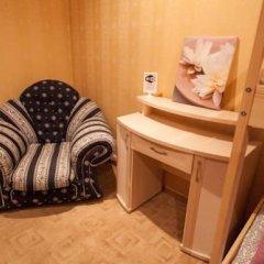 Лайк Хостел Омск Кровать в общем номере с двухъярусными кроватями фото 4
