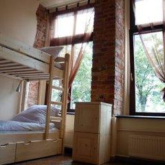 Music Hostel Piotrkowska Кровать в женском общем номере с двухъярусной кроватью фото 4