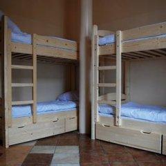 Music Hostel Piotrkowska Кровать в женском общем номере с двухъярусной кроватью фото 2