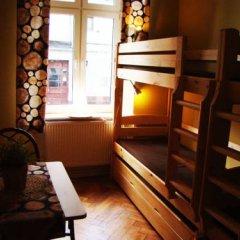 Отель Hostelik Wiktoriański Стандартный номер с различными типами кроватей (общая ванная комната)