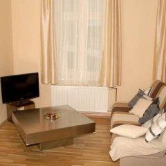 Отель Villa Karlstein 2* Улучшенные апартаменты с различными типами кроватей фото 4