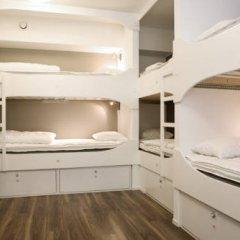 Отель Backpackers Goteborg Кровать в женском общем номере с двухъярусной кроватью