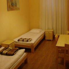Happy Hippo Hostel Стандартный номер с двуспальной кроватью (общая ванная комната) фото 4