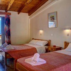 Отель Benitses Arches комната для гостей