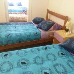 Lisbon Gambori Hostel Стандартный номер с 2 отдельными кроватями (общая ванная комната) фото 5