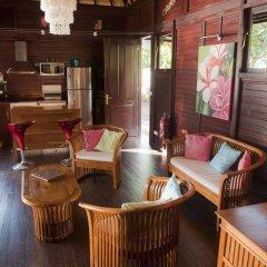 Отель Robinson's Cove Villas - Deluxe Wallis Villa Французская Полинезия, Муреа - отзывы, цены и фото номеров - забронировать отель Robinson's Cove Villas - Deluxe Wallis Villa онлайн интерьер отеля фото 3