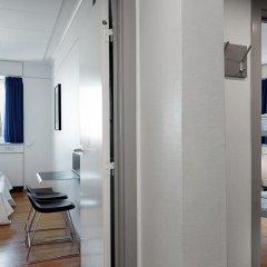 Отель Danhostel Copenhagen City - Hostel Дания, Копенгаген - 1 отзыв об отеле, цены и фото номеров - забронировать отель Danhostel Copenhagen City - Hostel онлайн ванная