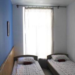 Хостел BedAndBike комната для гостей фото 4