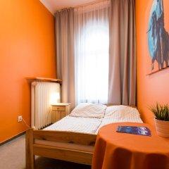 Moon Hostel Стандартный номер с различными типами кроватей (общая ванная комната) фото 2
