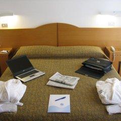Отель St Gregory Park 4* Стандартный номер двуспальная кровать фото 3