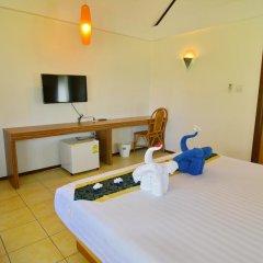 Отель Golden Bay Cottage 3* Бунгало Делюкс с различными типами кроватей фото 33