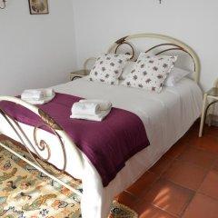 Отель Montejunto Eden - Casas de Campo комната для гостей