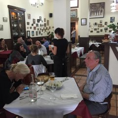 Отель Albergue De Peregrinos La Bilbaina Испания, Сантония - отзывы, цены и фото номеров - забронировать отель Albergue De Peregrinos La Bilbaina онлайн питание