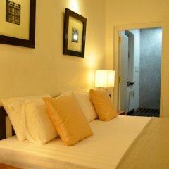 Отель 26 Loversleap Cottage сауна