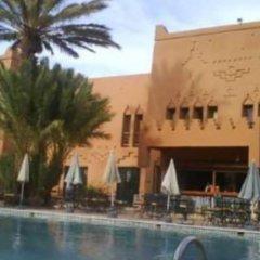 Отель Ouarzazate Le Tichka Марокко, Уарзазат - отзывы, цены и фото номеров - забронировать отель Ouarzazate Le Tichka онлайн бассейн фото 2
