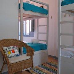 Ale-Hop Albufeira Hostel Кровать в общем номере с двухъярусной кроватью фото 2