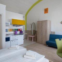 Отель Amber Gardenview Studios Студия с различными типами кроватей фото 10