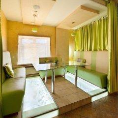 Гостиница Империал в Саратове 3 отзыва об отеле, цены и фото номеров - забронировать гостиницу Империал онлайн Саратов комната для гостей фото 3