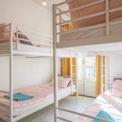 Vistas de Lisboa Hostel Кровать в общем номере с двухъярусной кроватью фото 6