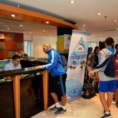 Dubai Youth Hotel интерьер отеля