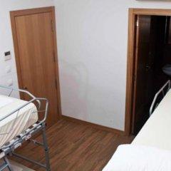 Отель Pensión San Fermín комната для гостей фото 2