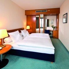 Maritim Hotel Frankfurt 4* Стандартный номер с различными типами кроватей фото 2