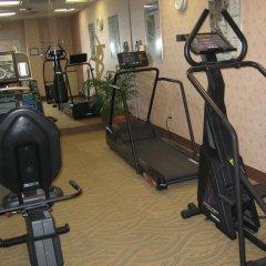 Отель Holiday Inn Express VAN NUYS США, Лос-Анджелес - отзывы, цены и фото номеров - забронировать отель Holiday Inn Express VAN NUYS онлайн фитнесс-зал