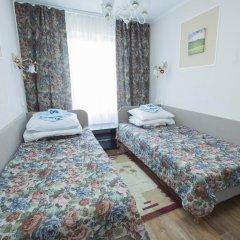 Гостиница Шахтер 3* Стандартный семейный номер с разными типами кроватей фото 3