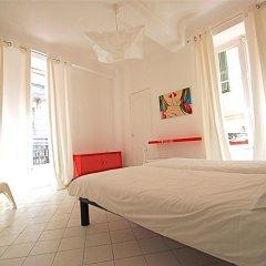 Nice Art Hotel - Hostel Стандартный номер с различными типами кроватей фото 6