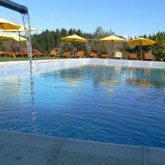 Отель Orbel бассейн