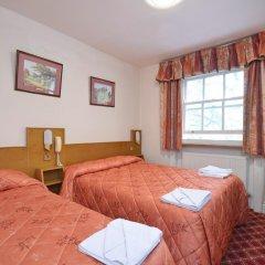 Seymour Hotel 2* Стандартный номер с двуспальной кроватью фото 10
