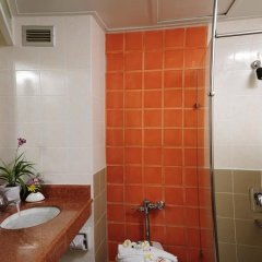 Golden Beach Hotel Pattaya 3* Улучшенный номер с различными типами кроватей фото 6