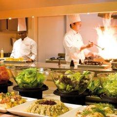 Mövenpick Hotel Bur Dubai питание фото 2