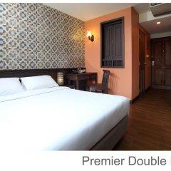 Отель Rambuttri Village Inn & Plaza 3* Улучшенный номер с различными типами кроватей фото 12