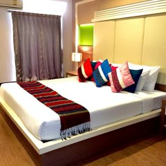 Отель Charoenchit House 2* Номер Делюкс с различными типами кроватей фото 5