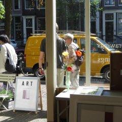 Отель Casa Luna Нидерланды, Амстердам - отзывы, цены и фото номеров - забронировать отель Casa Luna онлайн городской автобус