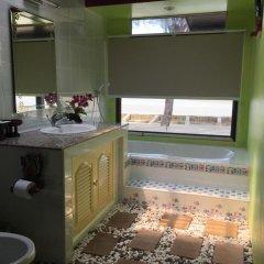 Отель Saladan Beach Resort 3* Бунгало с различными типами кроватей фото 12