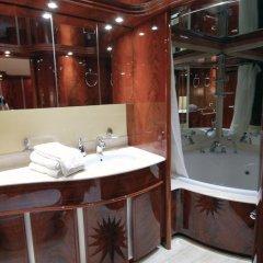 Отель Beyond the Sea Yacht ванная
