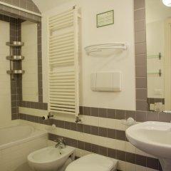 Отель Locanda Ai Santi Apostoli 3* Улучшенный номер с различными типами кроватей фото 15
