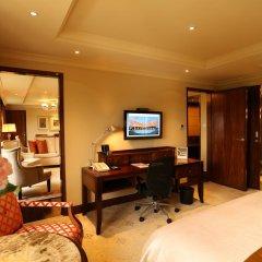 Отель Taj Palace, New Delhi 5* Люкс Luxury с двуспальной кроватью фото 4