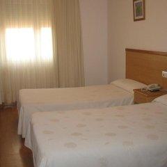 Hotel Reyes de León 2* Стандартный номер с двуспальной кроватью