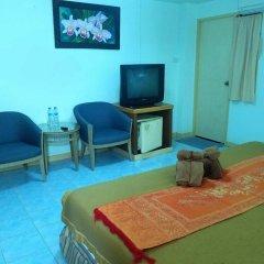 Отель Pinthong house удобства в номере