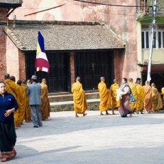 Отель Lotus Inn Непал, Покхара - отзывы, цены и фото номеров - забронировать отель Lotus Inn онлайн спортивное сооружение