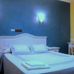 Отель Hostal Regio Стандартный номер с двуспальной кроватью фото 14